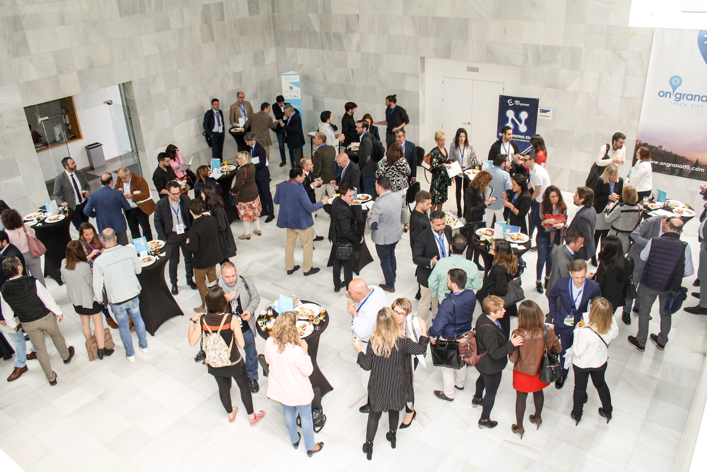 La 'energía' emprendedora conquista la CGE: el Networking E2e reúne a más de 80 empresas consolidadas y start-up